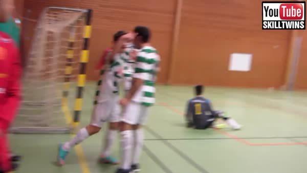 madtekkers, Double sole roll [Futsal] (reddit) GIFs