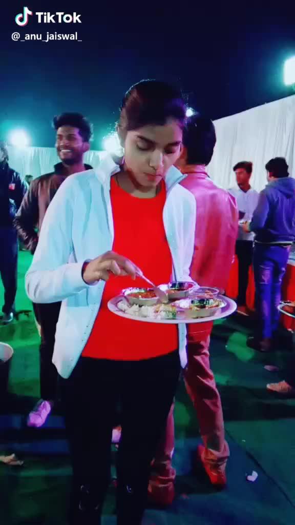 bhuki, fun, khana, khatehijana, Ignore my Bro 😅 #khana #bhuki #khatehijana #fun #15kvines #masti #bored #expres #tik_tok #musially GIFs