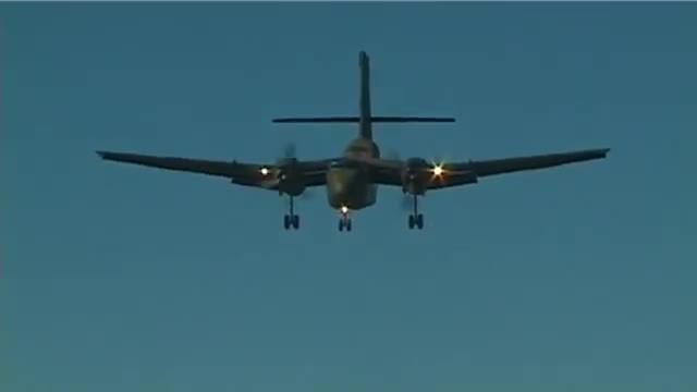 aviationgifs, militarygfys, DHC-4 Caribou short landing (reddit) GIFs