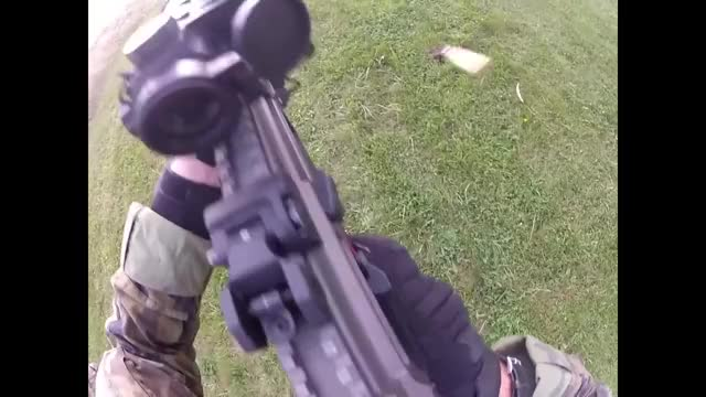 Watch Czech shooting course GIF by @wholeein on Gfycat. Discover more militarygfys GIFs on Gfycat
