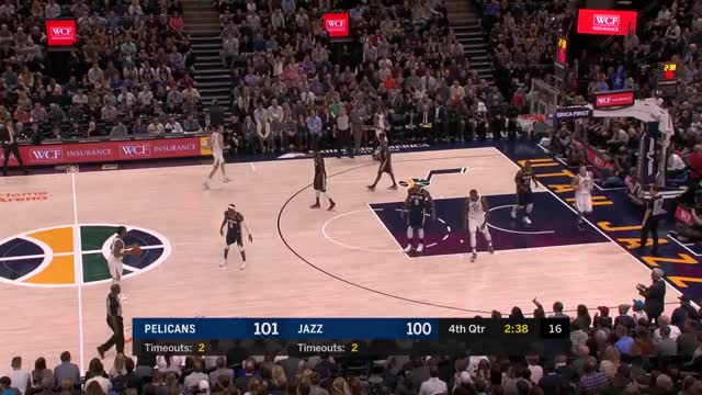 Watch and share Donovan Mitchell GIFs and Utah Jazz GIFs by lockedonpodcasts on Gfycat