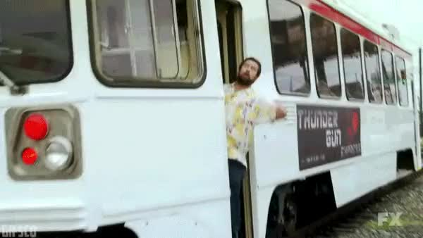 I'll come back for you [Always Sunny] : TelevisionQuotes GIFs