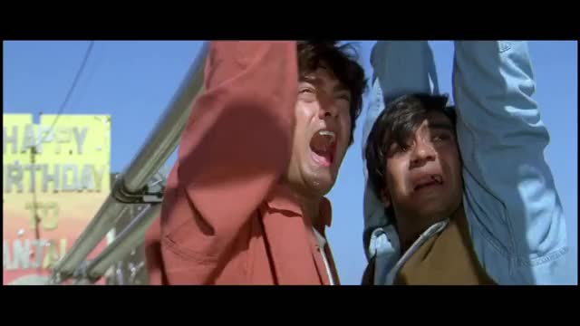 Ishq Movie - Comedy Scene - Amir Khan Walking on Pipes