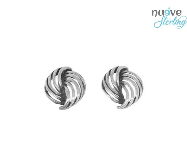 Watch and share Silver Bracelets GIFs and Sterling Silver GIFs by Nueve Sterling on Gfycat