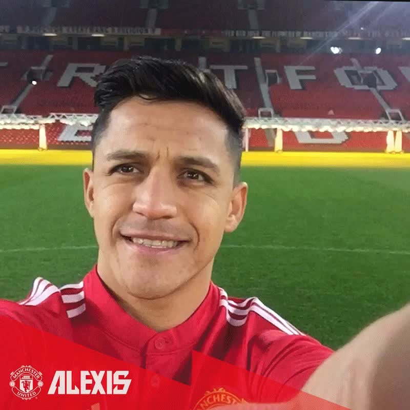 reddevils, Manchester United on Twitter- -The perfect #MondayMotivation! 👌 @Alexis Sanchez #Alexis7… - GIFs
