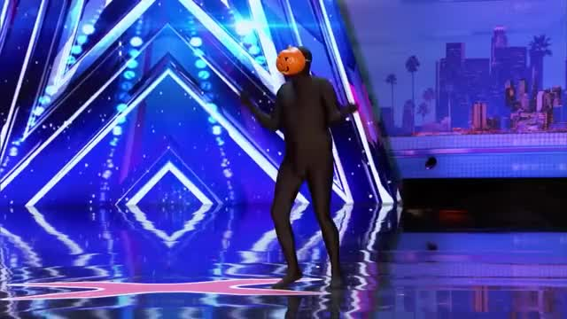 Watch America's Got Talent Week 3 2017 - Dancing Pumpkin Man Hilarious Dancer Slays on the AGT Stage GIF on Gfycat. Discover more 2017 got talent, AGT, BGT, amazing got talent, america's got talent, america's got talent 2017 auditions, best got talent, funny got talent, got talent, most amazing got talent GIFs on Gfycat