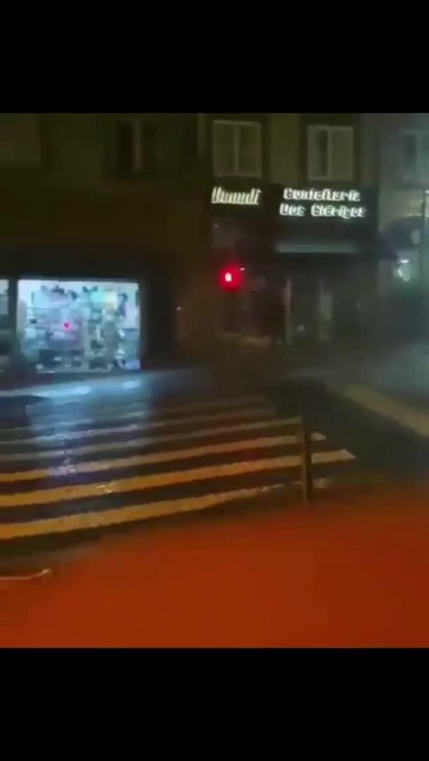 Watch and share WCGW If I Run Down The Street Without Looking GIFs by nyctilaur on Gfycat