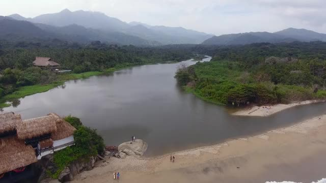 Watch and share Parque Tarona GIFs and Quadcopter GIFs on Gfycat