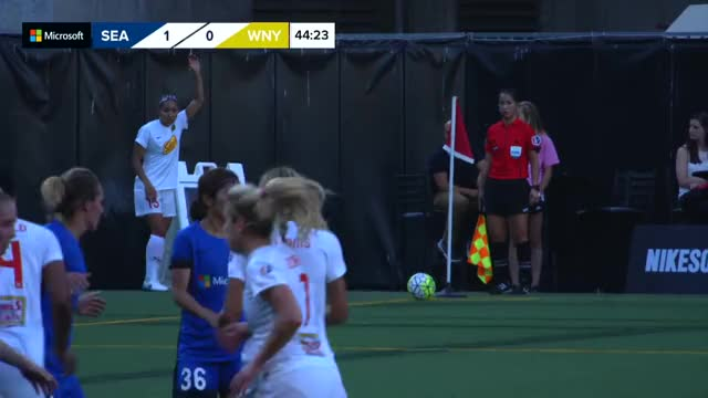 Watch and share Seattle Reign Fc GIFs and Wny GIFs by pcleveland3 on Gfycat