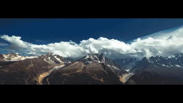 Watch and share Un Instant À La Montagne GIFs by Anne Achalé Pelletier on Gfycat