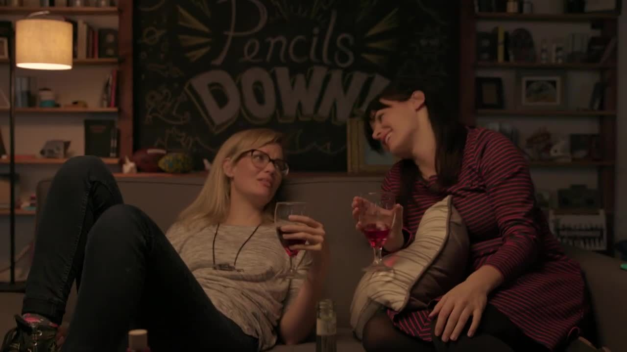 alcoholic, best friend, collegehumor, Best Friends In Rom Coms Are All Alcoholics GIFs