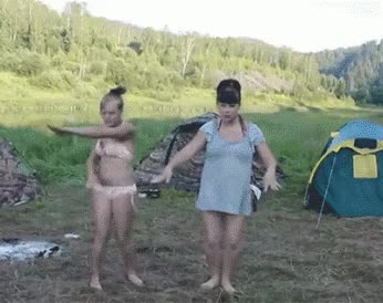 Watch and share Camping Sauvage GIFs on Gfycat