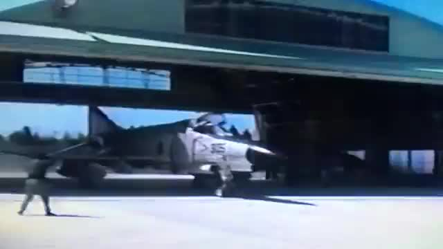 Watch and share F-4EJ Alert GIFs on Gfycat
