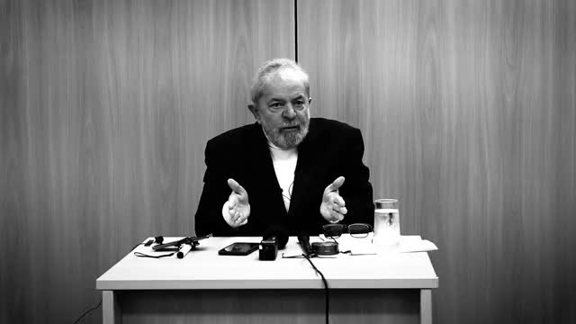 "Watch ""Moro é mentiroso"", diz Lula ao TUTAMÉIA GIF by Jonathan Cruz (@idontk) on Gfycat. Discover more bolsonaro, curitiba, democracia, intercept, justiça, lava jato, lula livre, moro, news & politics, tutaméia tv, vaza jato GIFs on Gfycat"