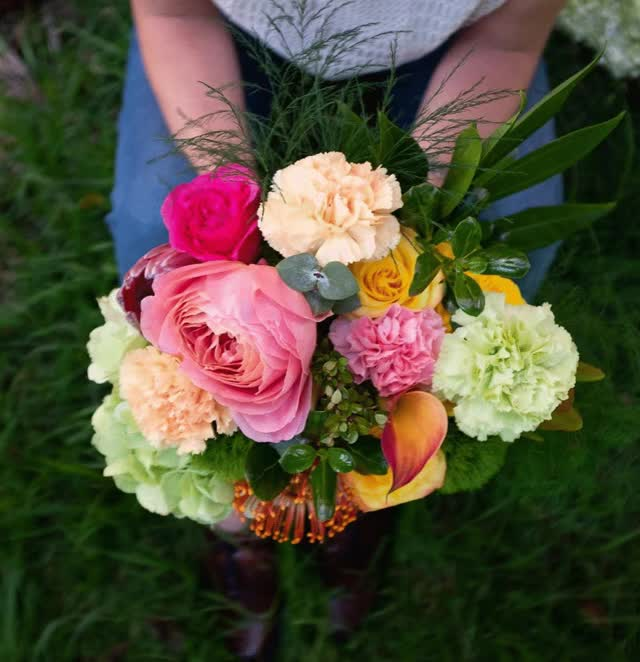 Watch and share Fresh Cut Flowers GIFs by enjoyflowers on Gfycat