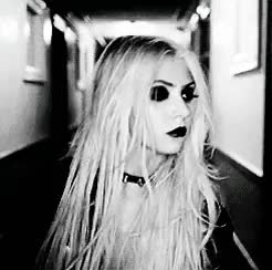 Watch this taylor momsen GIF on Gfycat. Discover more gif, mine, momsen, my gifs, my medicine, rock, taylor momsen, the pretty reckless GIFs on Gfycat