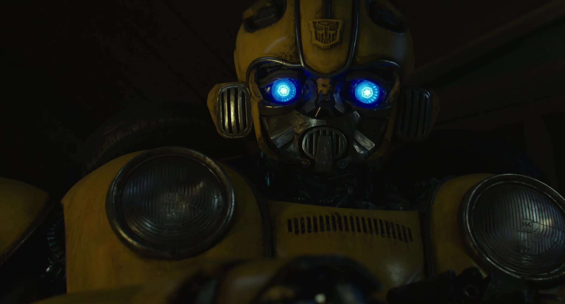 bumble bee, bumblebee, bumblebee movie, bumblebeemovie, face, feel, hailee steinfeld, hands, john cena, love, movie trailers, paramount, safe, touch, transformers, Safe hands GIFs