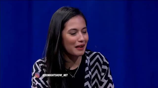 Watch and share Indonesia GIFs and Selebriti GIFs on Gfycat