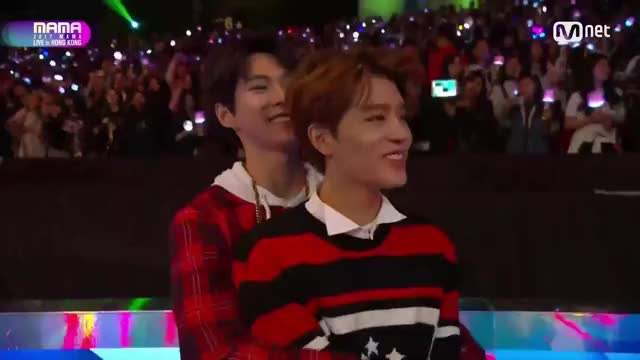 Watch MAMA 2017 Super Junior (NCT - Taeil/Doyoung) GIF on Gfycat. Discover more 2017 MAMA, Doyoung, MAMA, NCT 127, NTC, Taeil GIFs on Gfycat