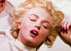 film, george masters, gif, marilyn monroe, ngif, niagara, old hollywood, quote about marilyn, quotes about marilyn, vintage, Marilyn Monroe GIFs