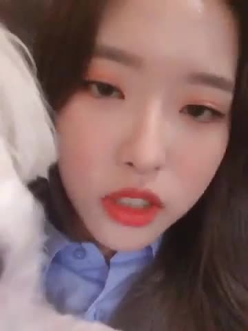 Tweets with replies by 이달의 소녀(LOOΠΔ) (@loonatheworld) - Twitter 1 GIFs