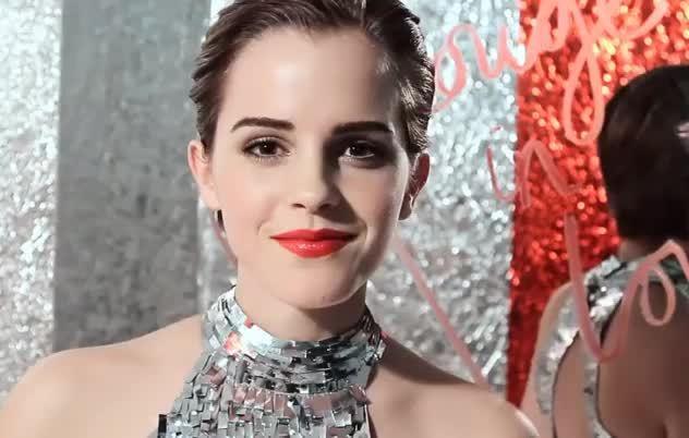 blow kiss, emma, emma watson, emmawatson, kissgifs, Emma Watson Kiss GIFs