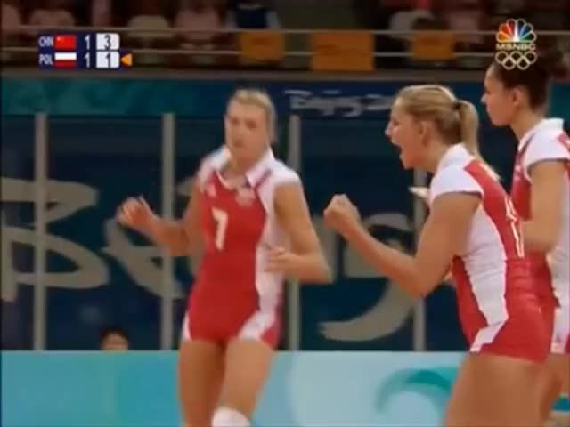 Watch Agnieszka Bednarek-Kasza and Polish Volleyball Girls GIF on Gfycat. Discover more VolleyballGirls GIFs on Gfycat