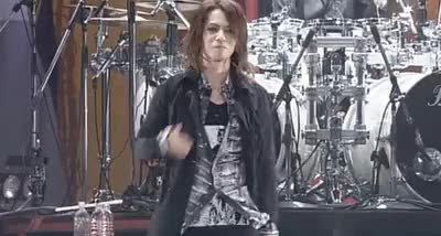 Watch kiss kiss kiss GIF on Gfycat. Discover more hyde, kiss, l'arc en ciel GIFs on Gfycat