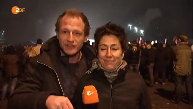 """Watch Mario Rönsch aka """"Anonymous.Kollektiv"""" @ Erfurt AfD GIF on Gfycat. Discover more All Tags, Anonymous, afd, angeascht, erfurt, knast, mahnwache, pegida, querfront, roensch GIFs on Gfycat"""