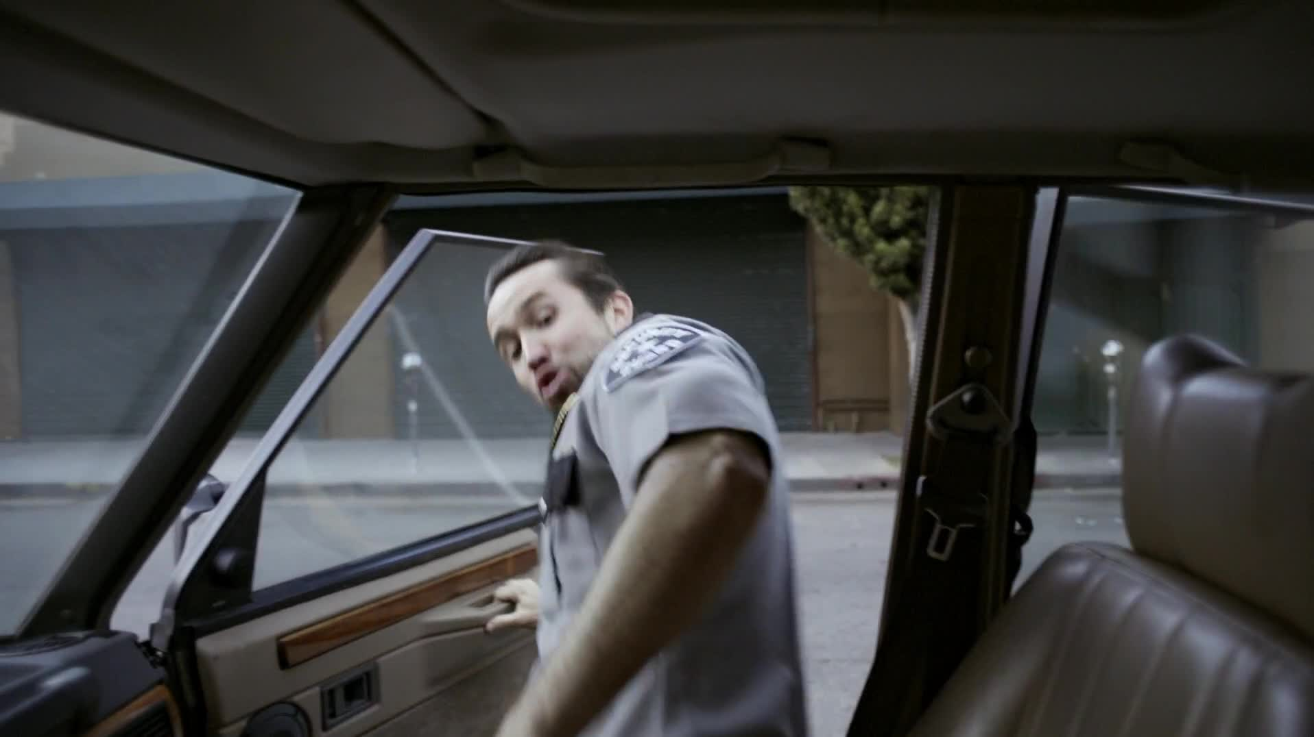 celebs, rob mcelhenney, Its.Always.Sunny.in.Philadelphia.S11E06.Being.Frank.1080p.WEB-DL.AAC2.0.H.264-Oosh GIFs
