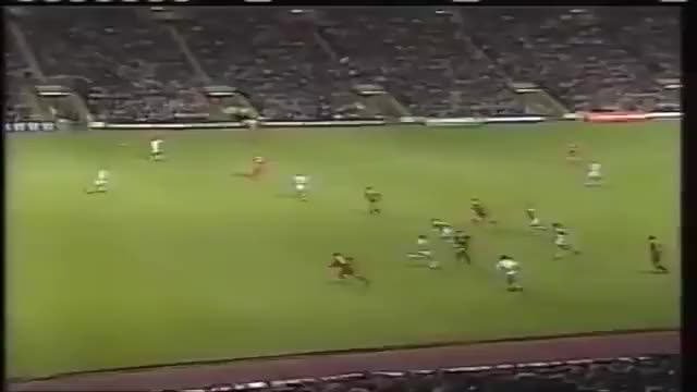 Watch and share OWEN - Liverpool 1997/98 GIFs on Gfycat