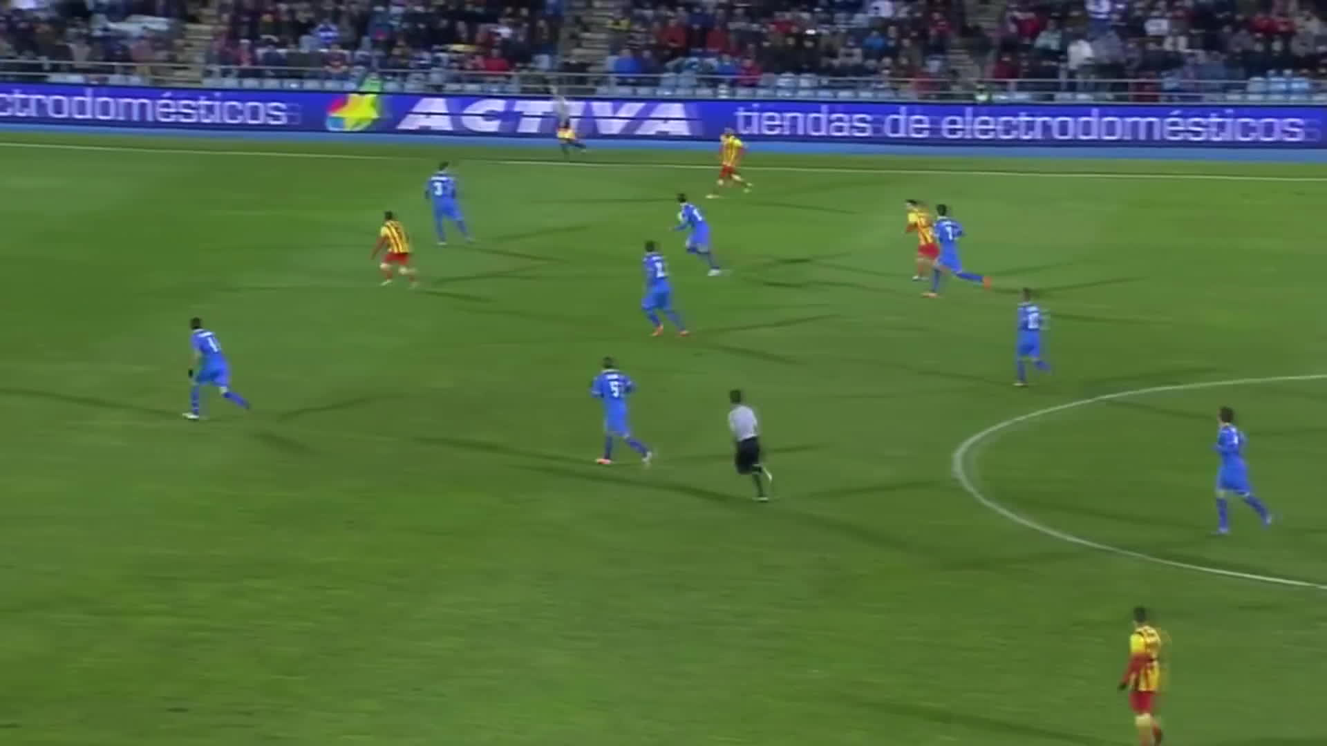 ball, daniel alves (football player), team, Dani Alves ● Magical Through Ball 2014 ● HD ● By Pep GIFs