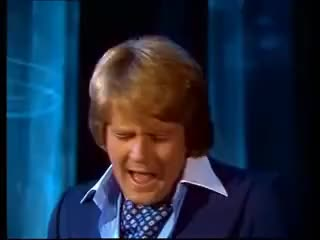 Watch Howard Carpendale - Ti amo 1977 GIF on Gfycat. Discover more 1977, 70s, Amo, Ich, carpendale, das, de, dich, hei, howard, lieb, schlager, ti GIFs on Gfycat