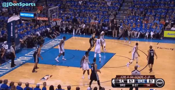 GIF: Kawhi Leonard blows by Kevin Durant, dunks on Serge Ibaka