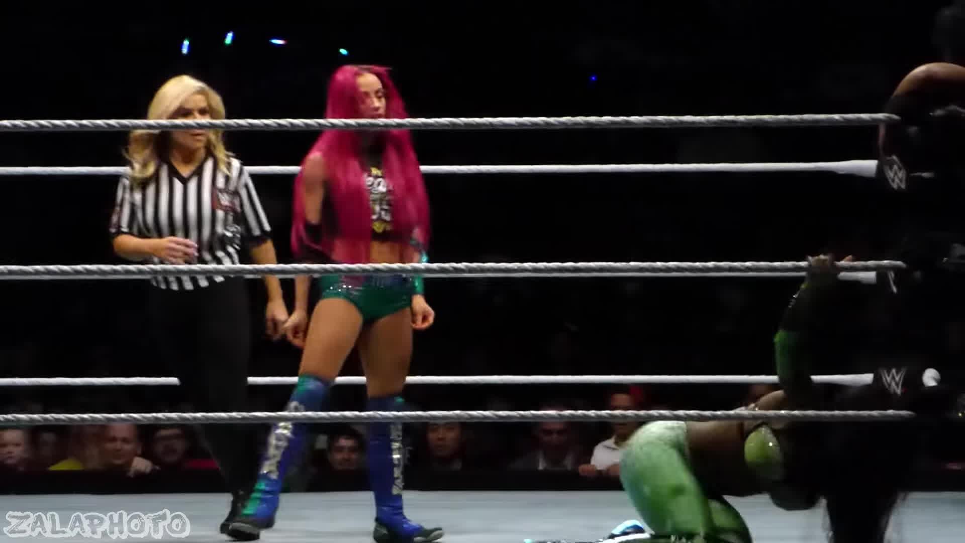pro wrestling, wrestling, wwe, Sasha Banks ass shake GIFs