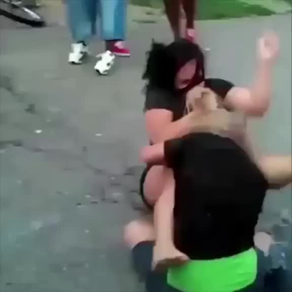 Watch and share Fight! GIFs on Gfycat