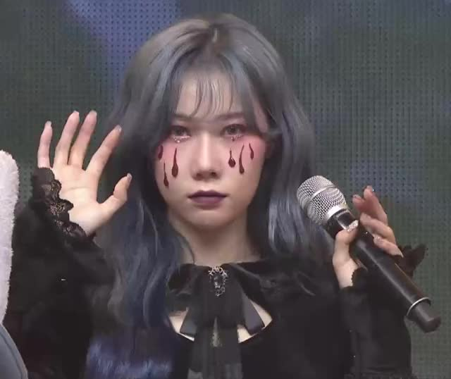 Watch and share Seven Spirits GIFs and Dystopia GIFs by Hyosung on Gfycat