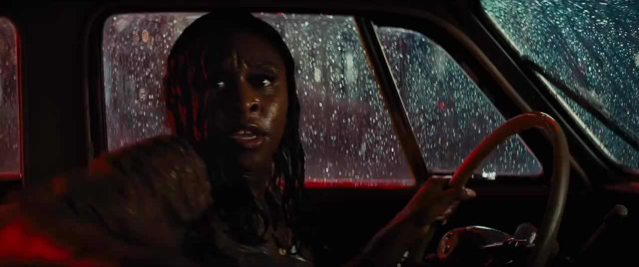 bad times at the el royale, She can tell GIFs