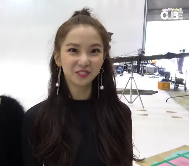 Watch and share Yujin-CLC Y E[5L-m29gHwr0]-4 GIFs by Mecha熊 ✔️  on Gfycat