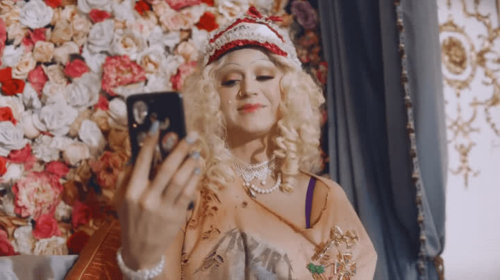 awkward, hello, hey hey hey, hi, katy perry, wave, Katy Perry - Hey Hey Hey GIFs