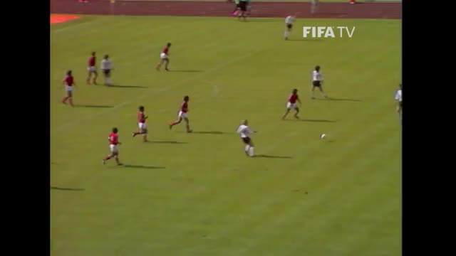 Watch and share Football GIFs and Fussball GIFs on Gfycat
