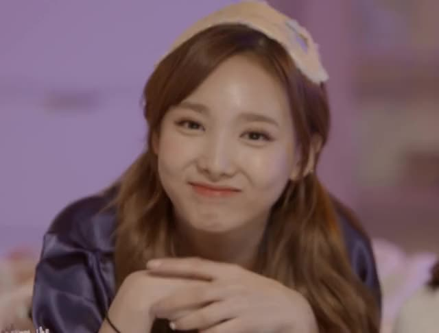 Watch and share Nayeon GIFs and Twice GIFs by JannisWentTwice on Gfycat