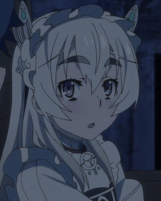 Animesuggest, Nisekoi, Chaika. Yes Chaika. GIFs