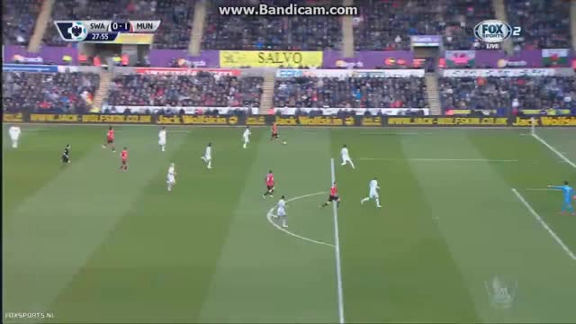 Watch Herrera puts Manchester United up 1-0 after good team play (reddit) GIF by @jarik42 on Gfycat. Discover more bootroom, reddevils, soccergifs GIFs on Gfycat