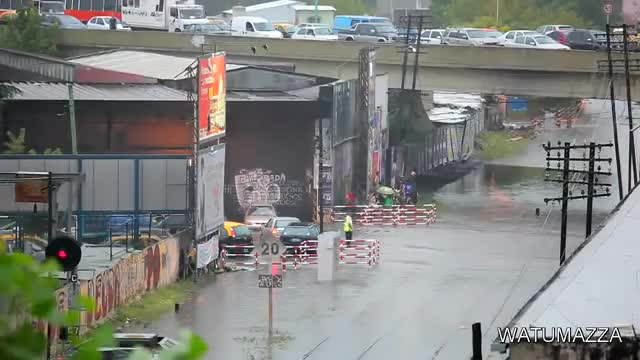 Watch train tsunami GIF on Gfycat. Discover more train, tsunami, wtf GIFs on Gfycat