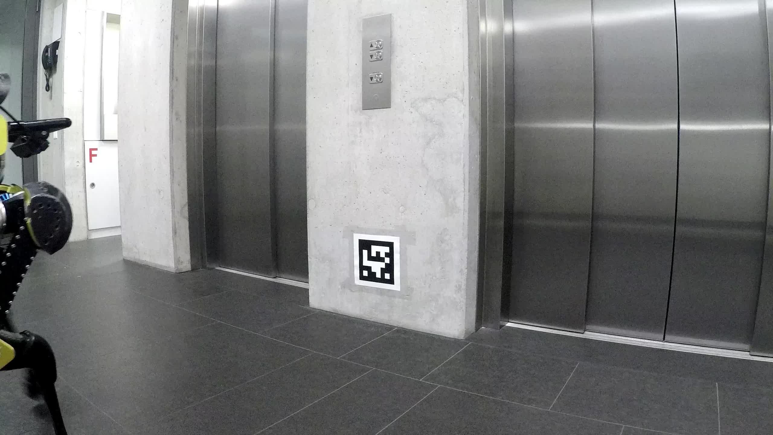 Трахнули зрелую в лифте, Трахнул зрелую в лифте Поебушки. Ком 28 фотография