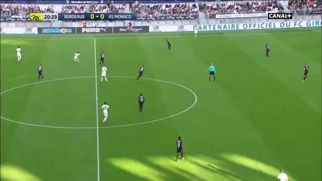 Watch and share Fabinho Deep Area Dribbling GIFs by Mohamed Mohamed on Gfycat