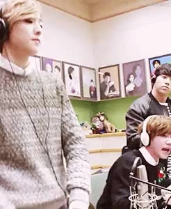 Watch and share Kiss The Radio GIFs and Lee Junyoung GIFs on Gfycat