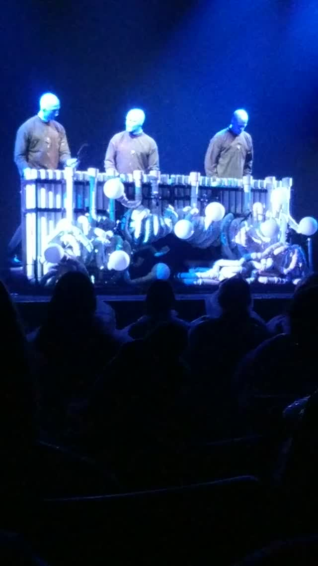 Watch and share Blue Man Group Moarbutts GIFs by sideshowc on Gfycat