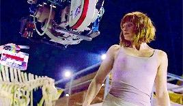 *, *bailey, *gifs, bryce dallas howard, celebs, jurassic world, jwcast, jwedit, Bryce Dallas Howard behind the scenes of'Jurassic World'. GIFs